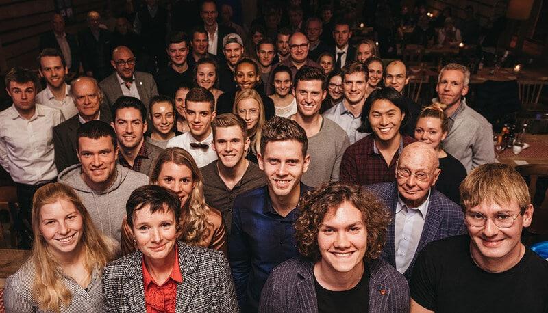 Stipendiatinnen und Stipendiaten sowie Stipendiengeber trafen sich zur feierlichen Übergabe der Urkunden (Bild: DSHS Köln)