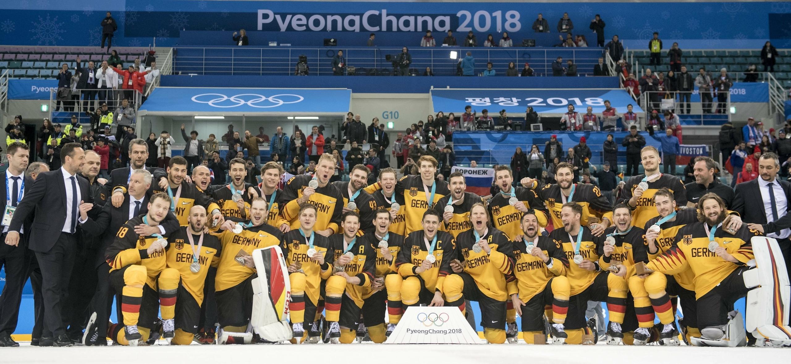 Jubel über Olympia-Silber beim Deutschen Team