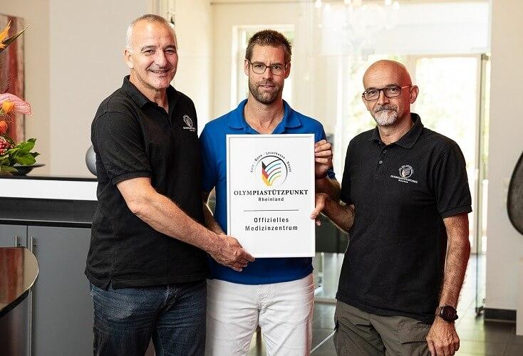 von links: Horst Schlüter, Dr. Stefan Porten und Dr. Oliver Heine freuen sich auf die Zusammenarbeit