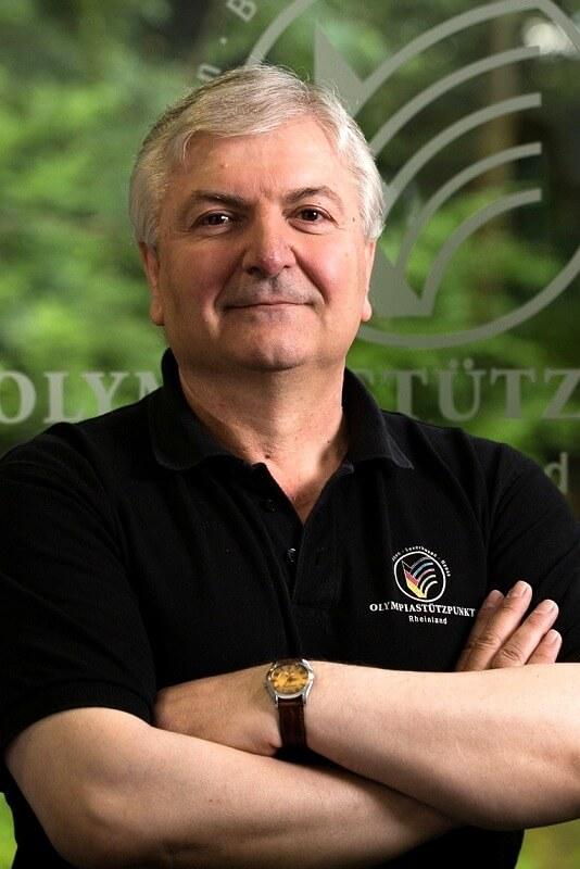 Portrait Dr. Argiris Vassiliadis