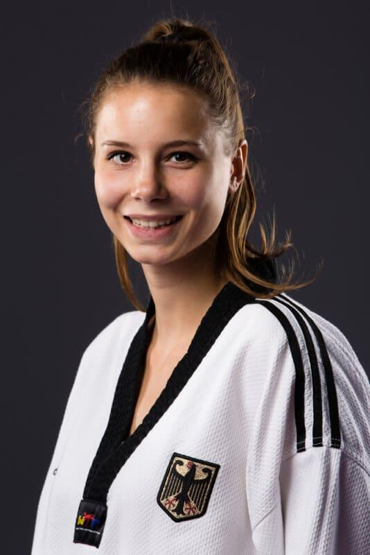Portrait Yanna Schneider