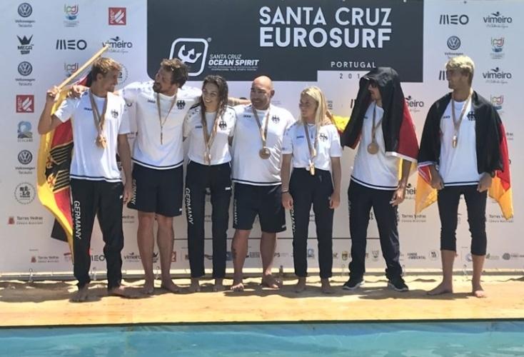 Gleich über 3 Medaillen konnte sich das Surf Team Germany bei der EM im portugiesischen Santa Cruz freuen.