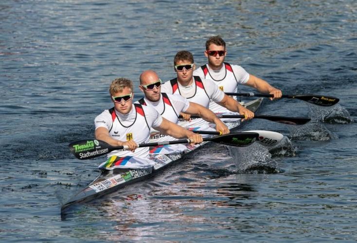 Olympia-Ticket gebucht: OSP-Rennsportkanute Max Rendschmidt (vorne) und seine Team-Kollegen im K4 500m (Bild: Picture Alliance)