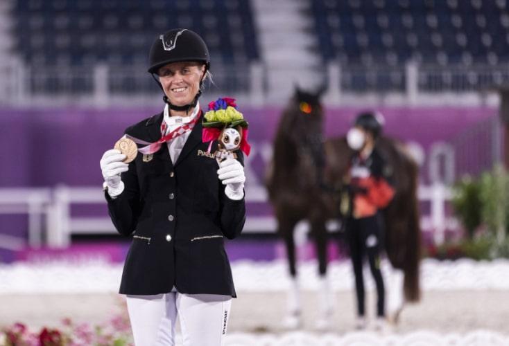 Regine Mispelkamp sicherte sich die Bronzemedaille in der Kür (Bild: © Mika Volkmann / DBS)