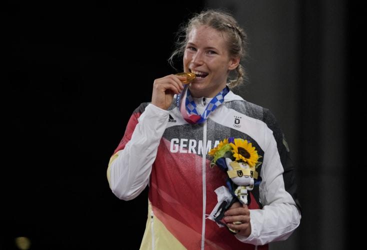 Bild zur News Ringen: Unsere OSP-Ringerin Aline Rotter-Focken ist Olympiasiegerin!