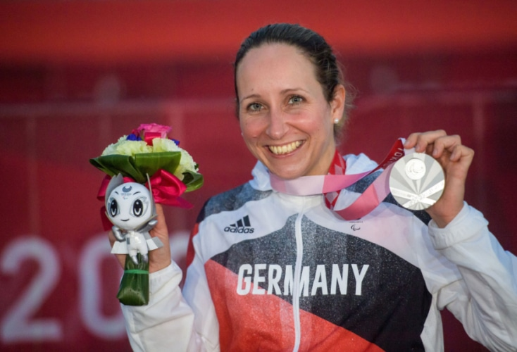 Silbermedaille im Straßenrennen bei den Paralympics in Tokio: Annika Zeyen (Axel Kohring / Beautiful Sports)