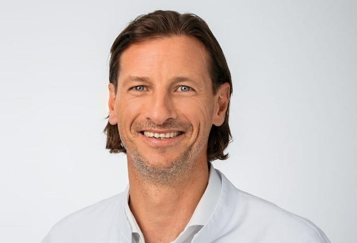 Orthopädische Sprechstunde am Olympiastützpunkt - Dirk Tenner ( Bild: ATOS Orthoparc Klinik )