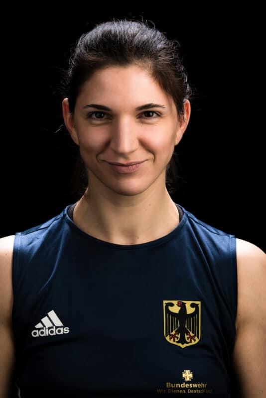 Portrait Nadine Apetz